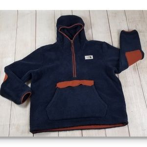 The North Face Campshire Sherpa Fleece Pullover